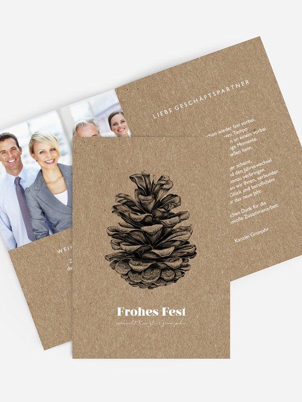 Geschäftliche Weihnachtskarte Pinecone Kraftpapier