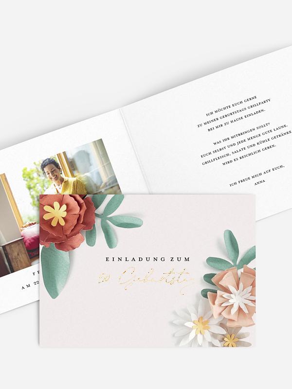 Einladung 50. Geburtstag Papierblüten