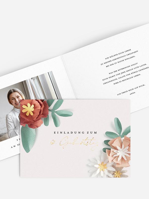 Einladung 60. Geburtstag Papierblüten