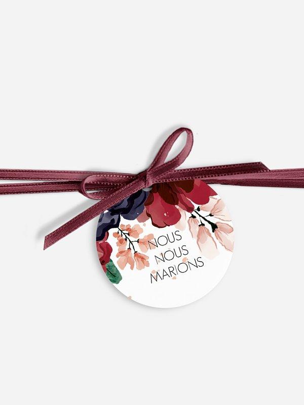 Étiquette avec ruban Bouquet rouge
