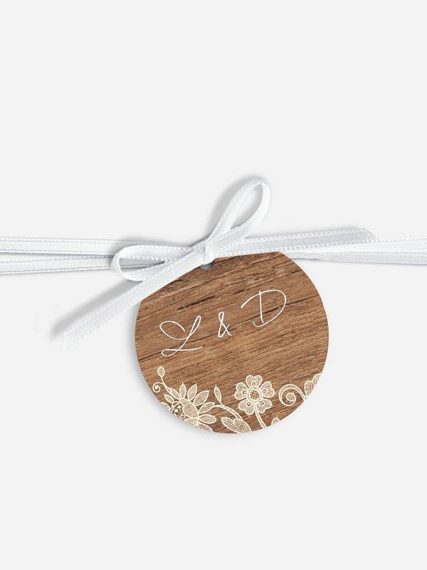 Étiquette avec ruban Dentelle de bois