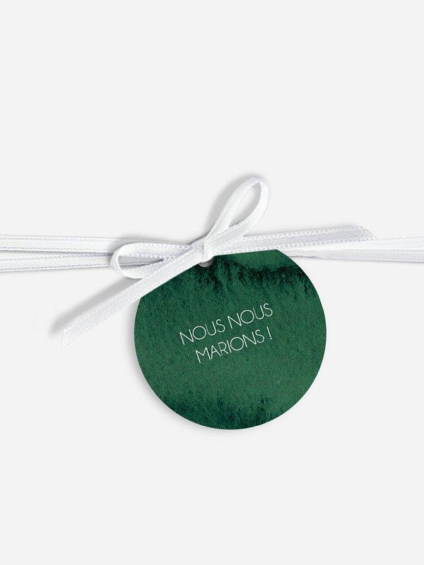 Étiquette avec ruban Couronne de Noël