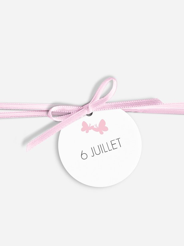 Étiquette avec ruban Envolée de papillons