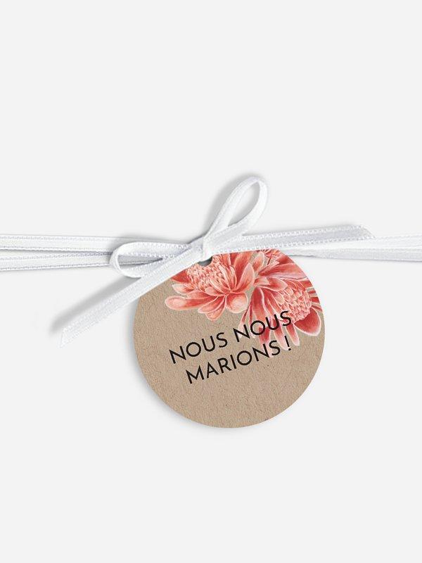 Étiquette avec ruban Red Flowers